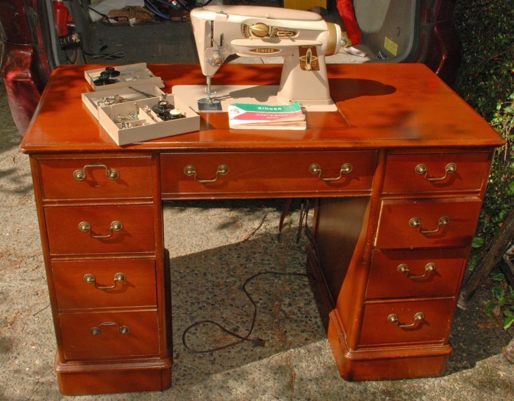 Singer Sewing Machine Slant 500A Rocketeer in Solid Oak Double Pedestal Desk Cabinet with extra attachments