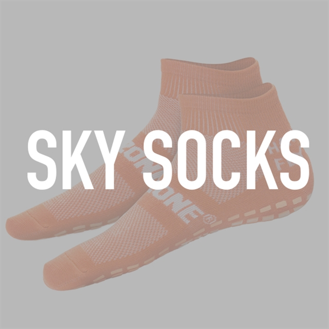 Sky Socks - Medium (Men's Size 5-6   Women's Size 5-7.5)