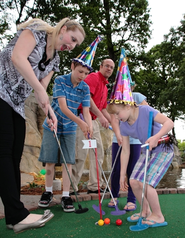 Birthday Party: Mini Golf