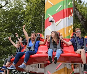 Group Discount: Deluxe Rides