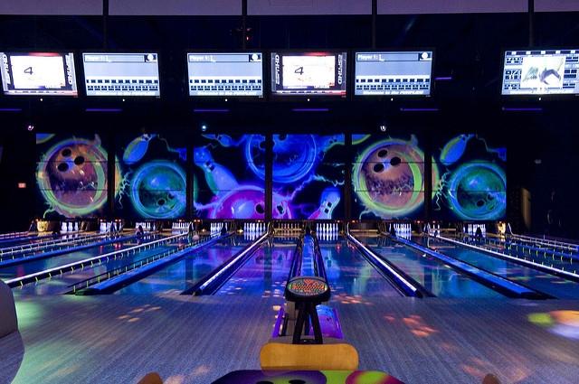 Bowling Party W