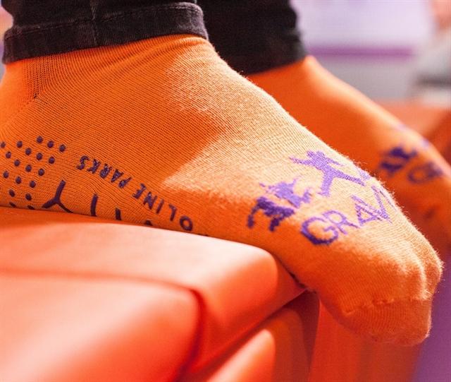 GRAVITY Safety Socks
