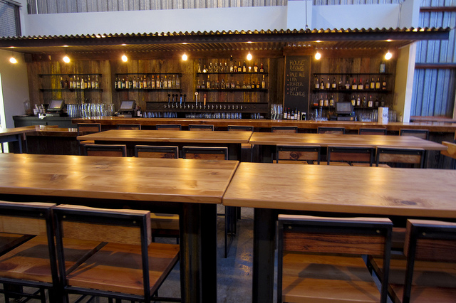 southern-pacific-brewing-dining-room