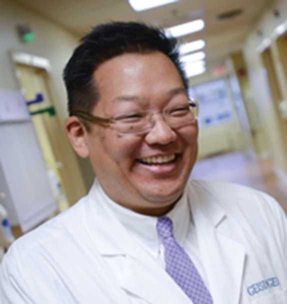 Dr Michael Suk