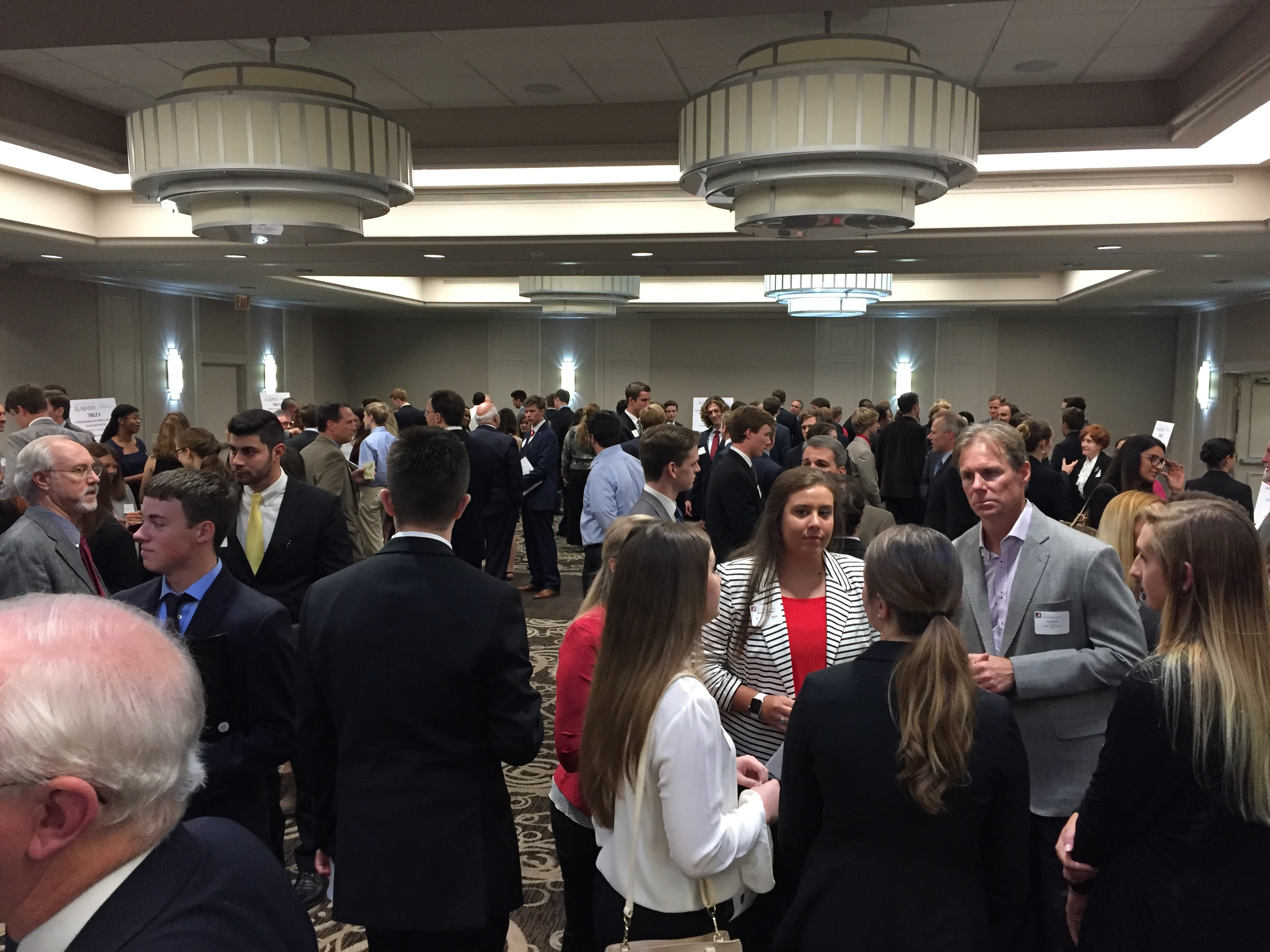 Networking reception with alumni, friends, and College of Engineering and Mentor UPP students.