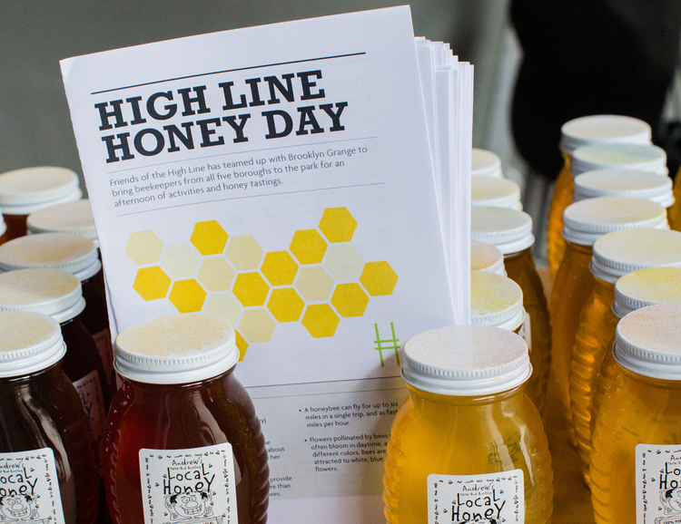 1435160178 750x578 nyc honey day at the high line detail image