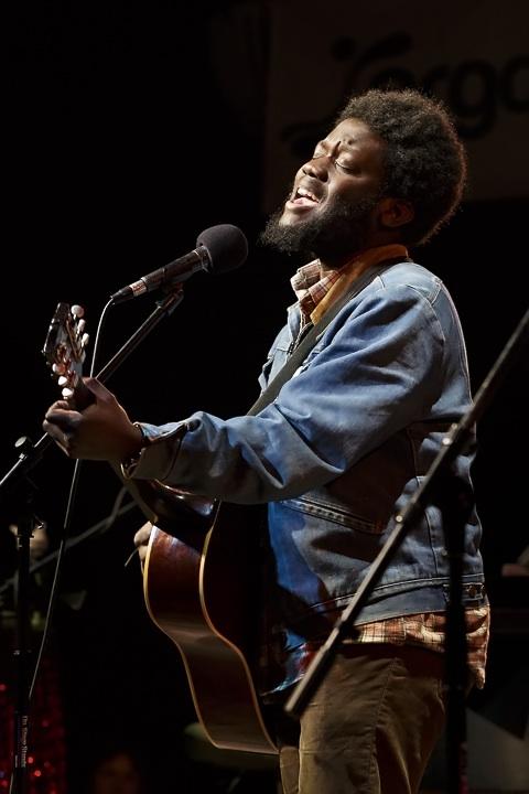 Caption: British Soul Singer Michael Kiwanuka, Credit: Jennie Baker for Live Wire!