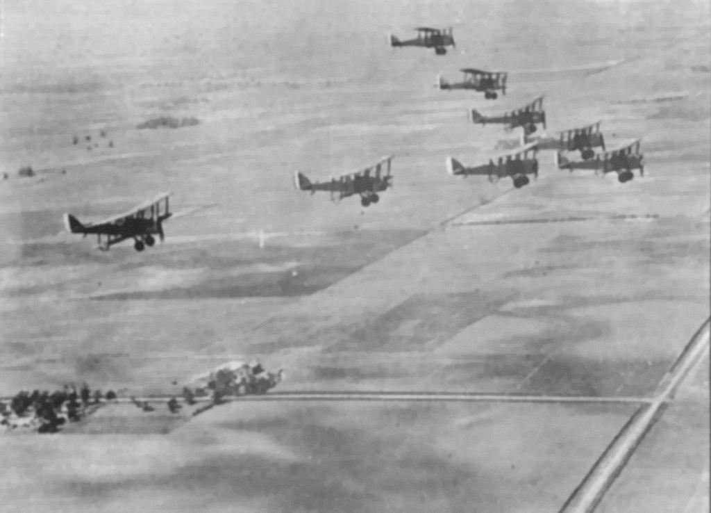 Caption: World War One planes