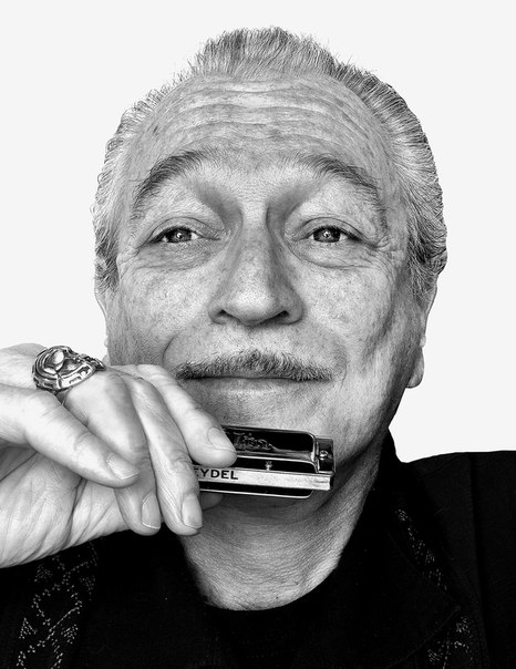Caption: Charlie Musselwhite