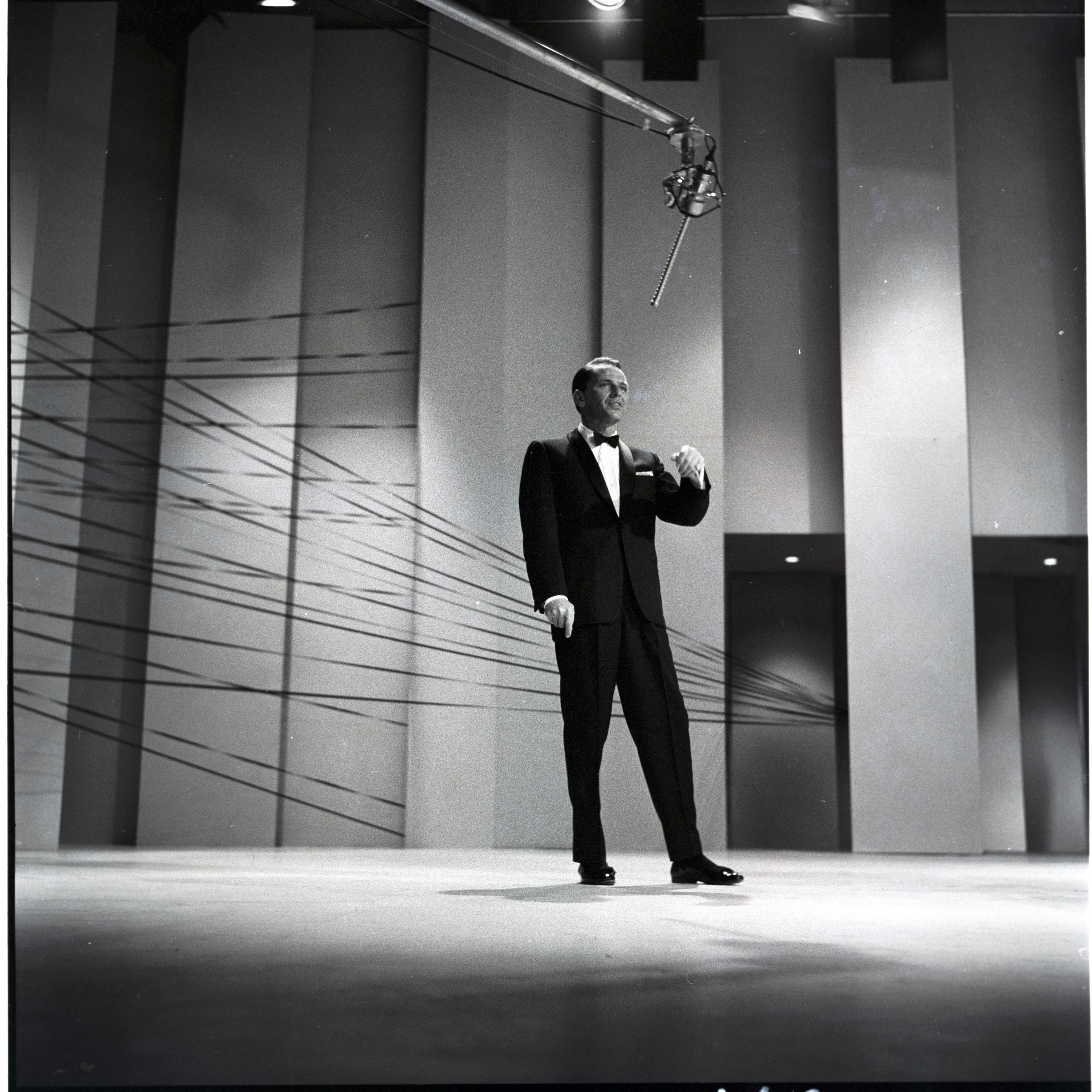 Caption: THE FRANK SINATRA SHOW - Airdate: May 12, 1960., Credit:  ABC Photo Archives/Getty