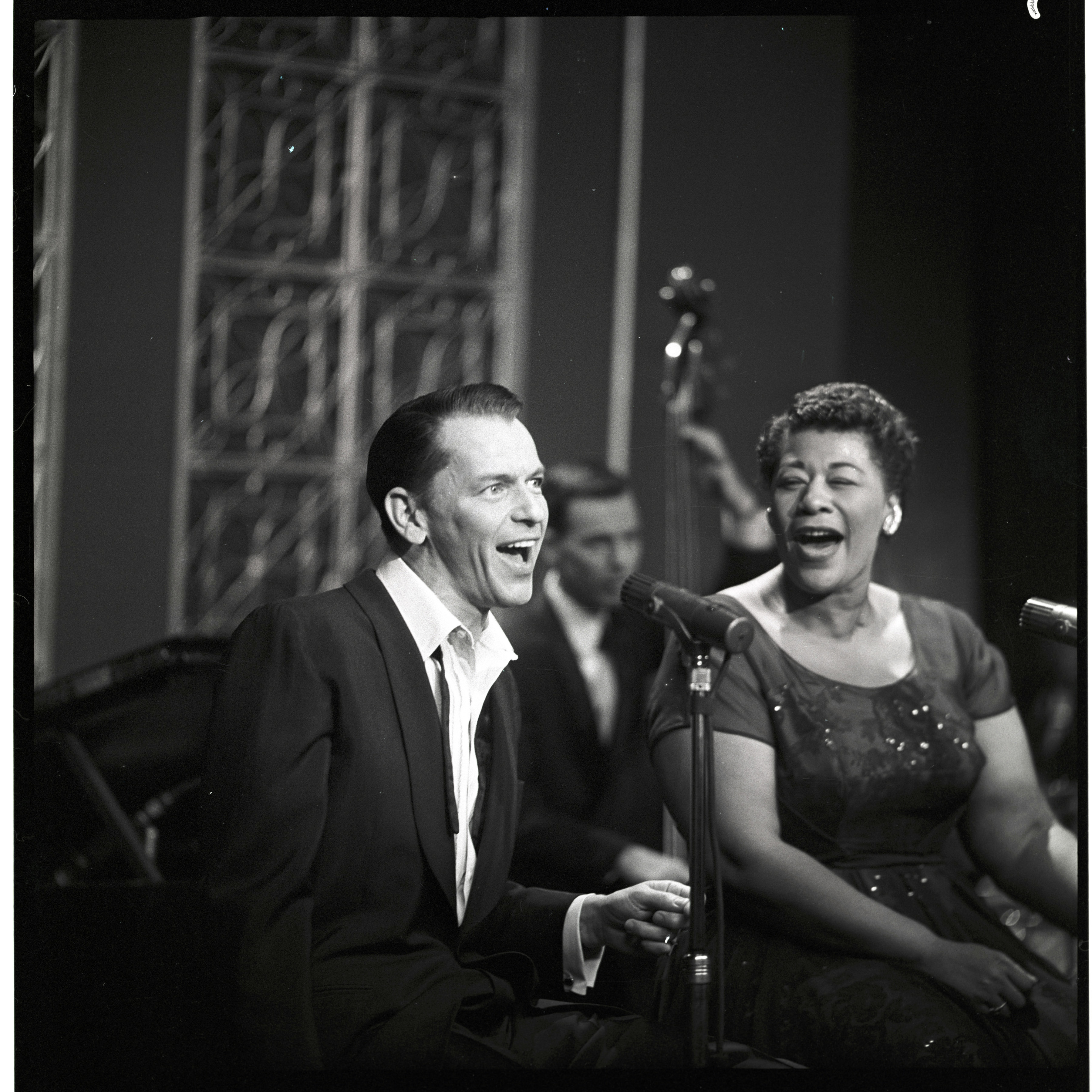 Caption: Frank Sinatra and Ella Fitzgerald on The Frank Sinatra Show - Airdate: May 9, 1958, Credit: ABC Photo Archives/Getty