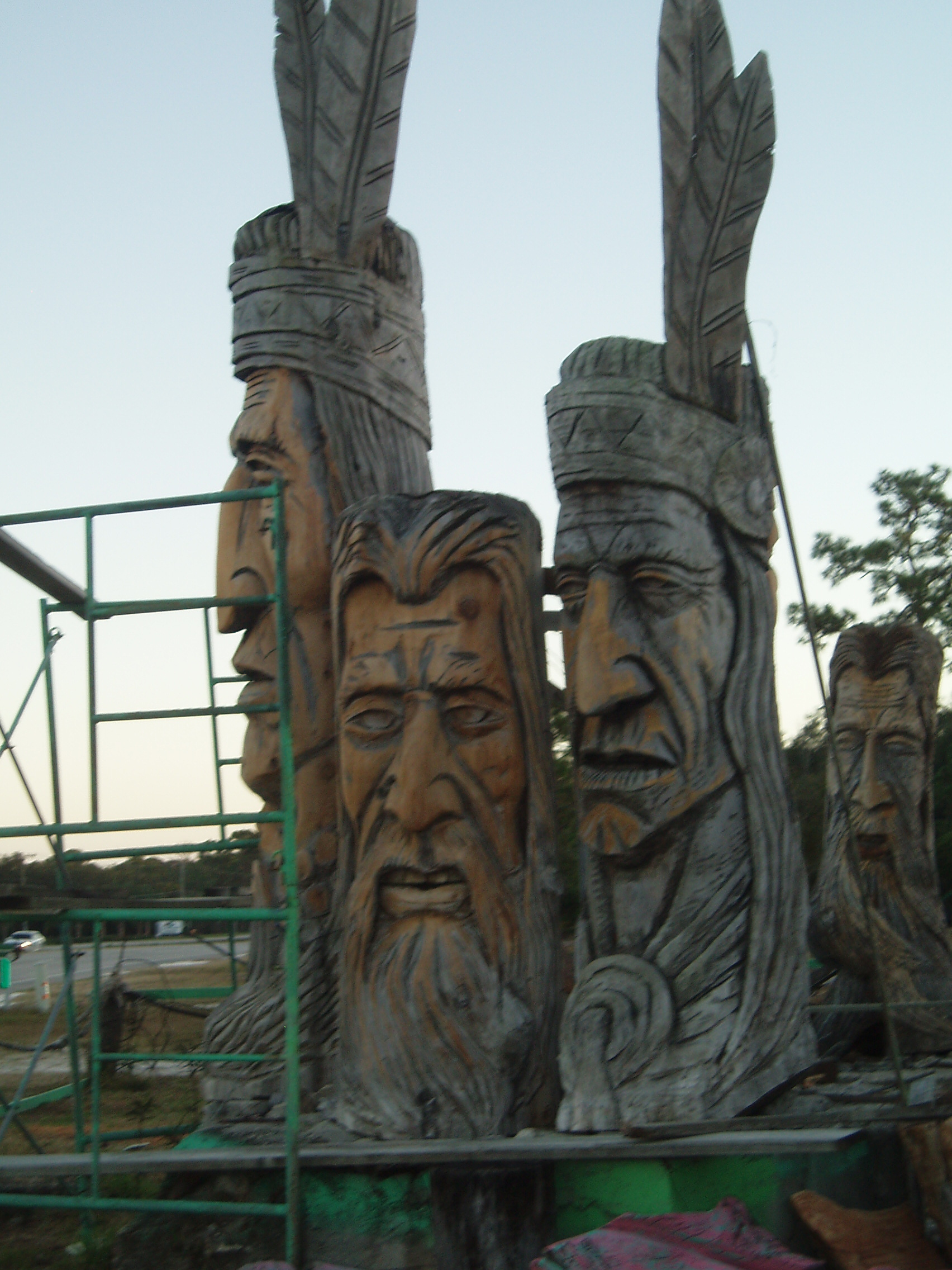 Caption: Statues by Peter Wolf Toth, Credit: Charles McGuigan