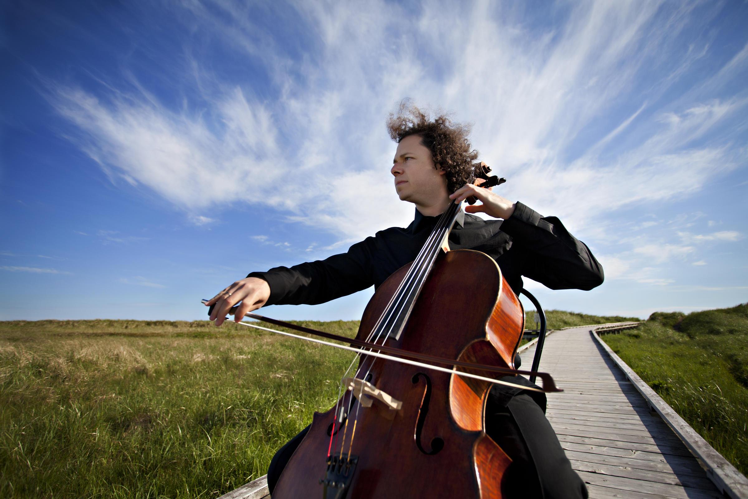 Caption:  Cellist Matt Haimovitz, Credit: Stephanie Mackinnon