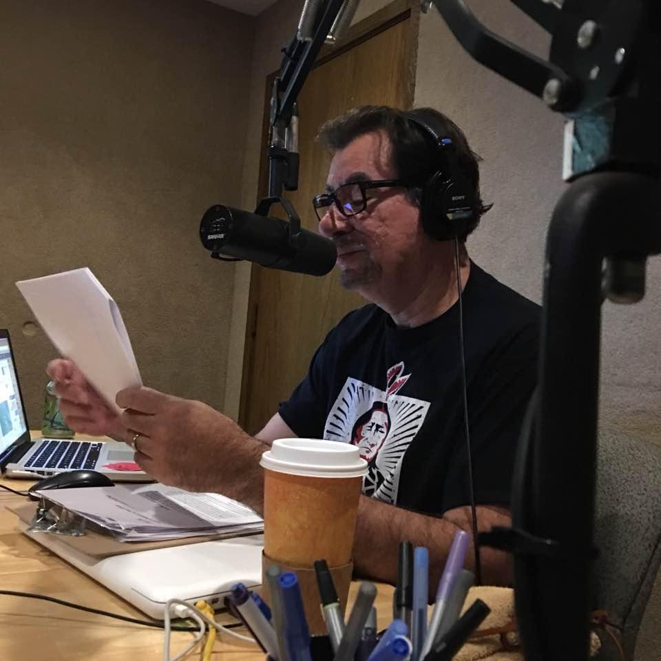 Caption: Host Robert Pilot, Credit: pickett