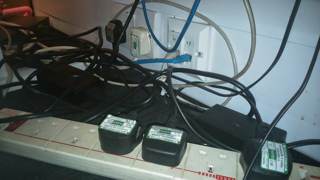 1024px-247_home_rescue_overloaded_electrical_sockets_small