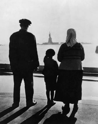 Caption: Approaching America , Credit: 1905