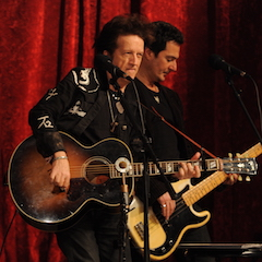 Caption: Rock and roll songwriter Willie Nile on the WoodSongs Stage.