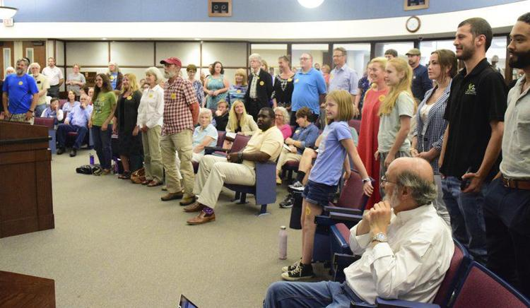 Caption: Turn out for city council vote on 100%