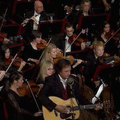 Caption: Michael Johnathon and The Ohio Valley Symphony.
