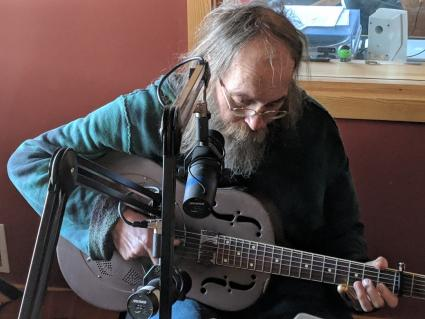 Caption: Charlie Parr, Credit: Will Moore