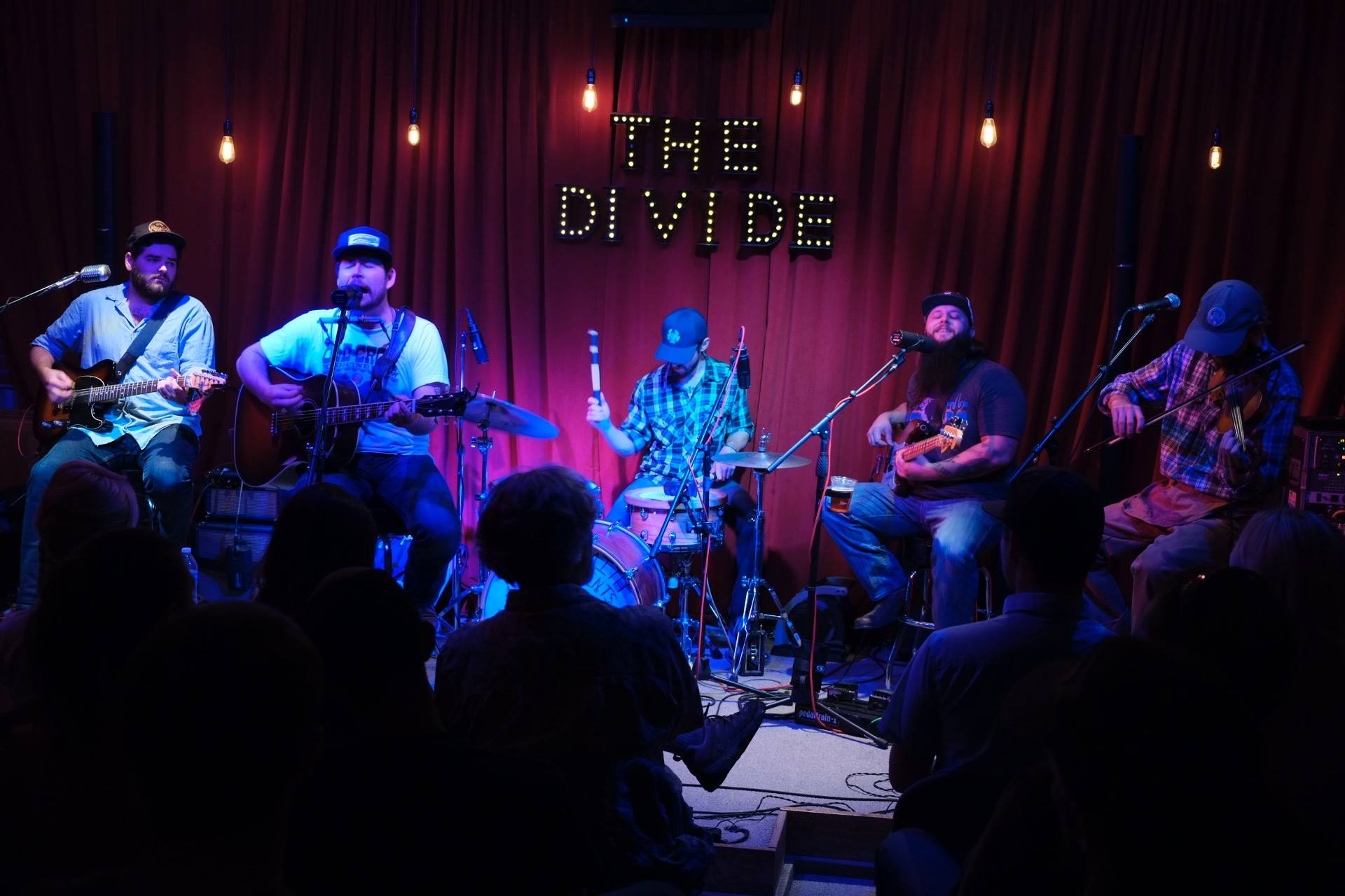 Live_from_the_divide_-shane_smith___the_saints_small