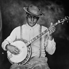 Caption: Dom Flemons