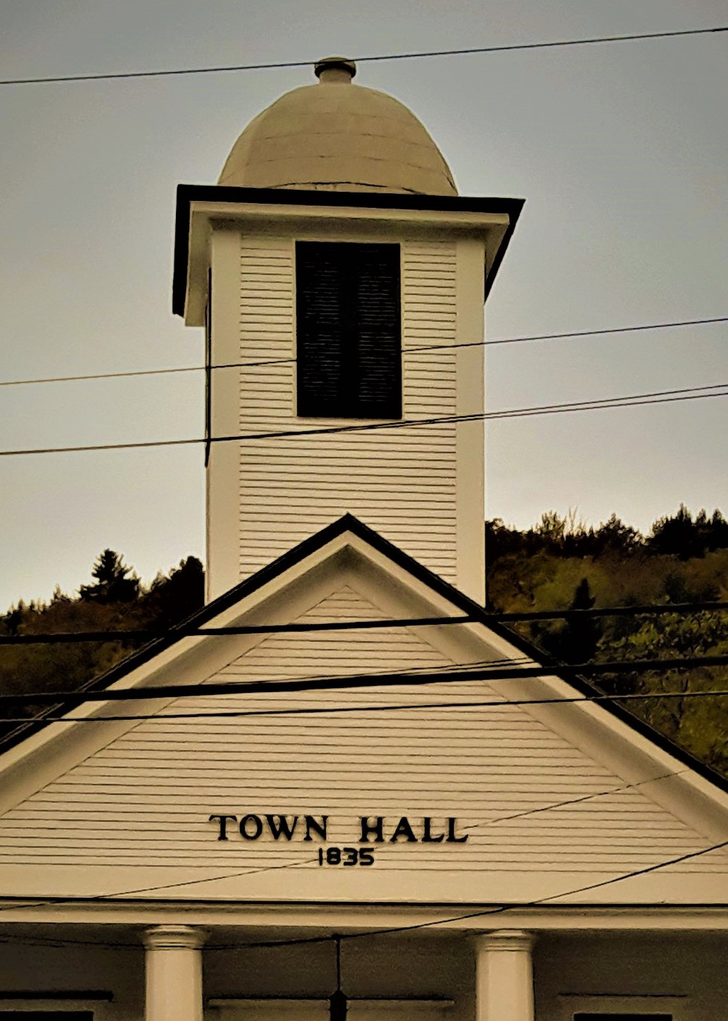 Town_hall_small