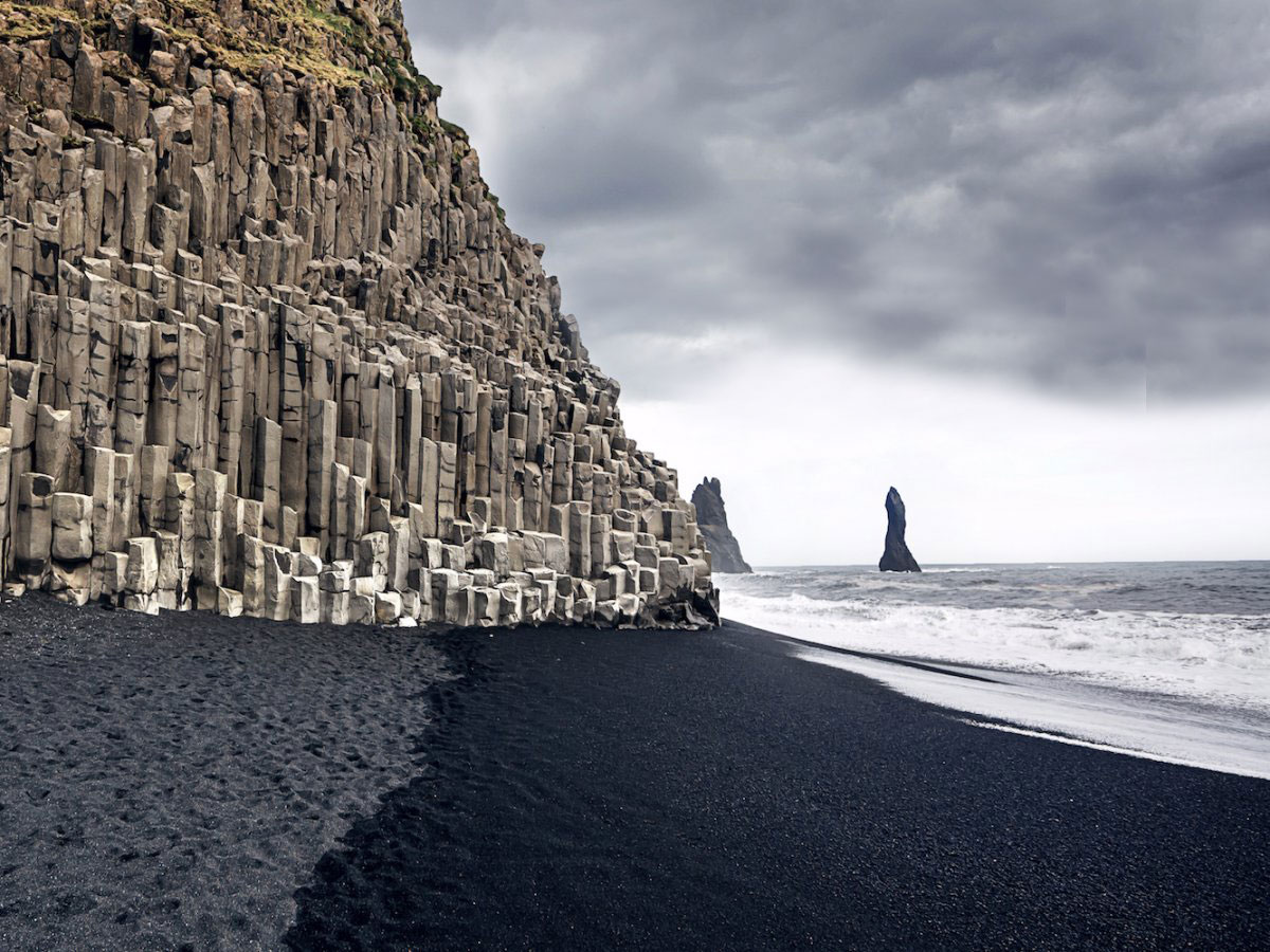 Caption: Black Sand Beach in Reynisfjara, Iceland, Credit: Wikimedia Commons