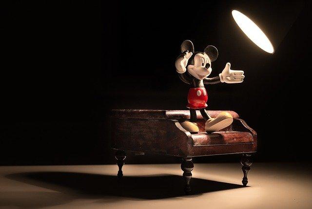 Mickey-1185754_640_small