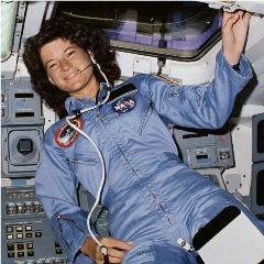 Sally_ride_on_challenger_small_small