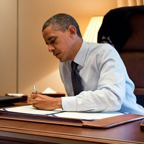 """Credit: <a href=""""http://www.flickr.com/photos/whitehouse/8228428936/in/photostream/"""">Pete Souza</a>"""