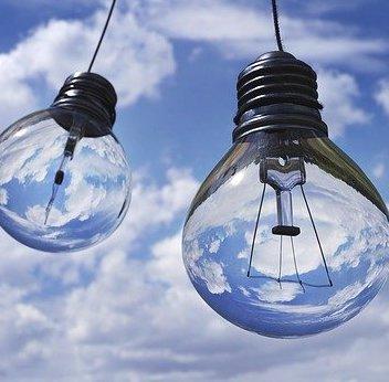 Light-bulb-1407610_640__1__small