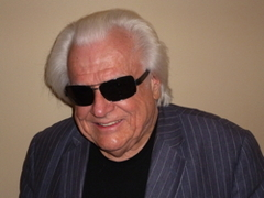 Caption: Host Don Seybold