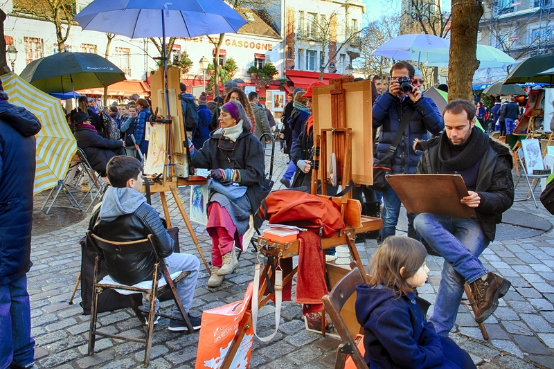 Caption: Painters in Montmartre, Credit: Jose Llédo
