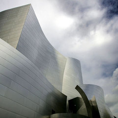 Caption: Disney Concert Hall., Credit: David McNew/Getty Images News