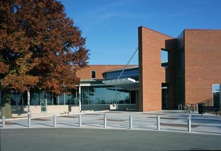 ARC (Activity & Recreation Center) in Columbia, MO - Service
