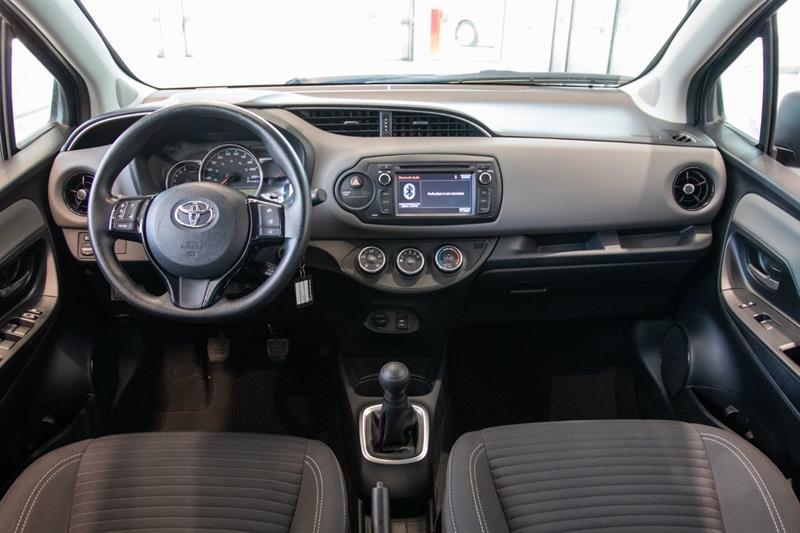 toyota Yaris Hatchback 2018 - 24