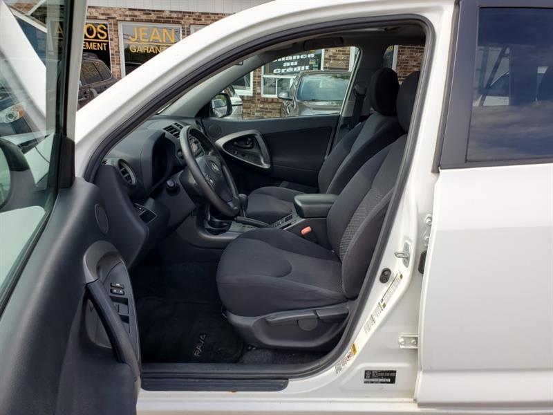 Toyota RAV4 11