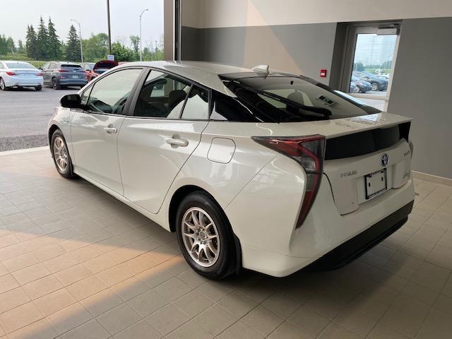 toyota Prius 2017 - 3
