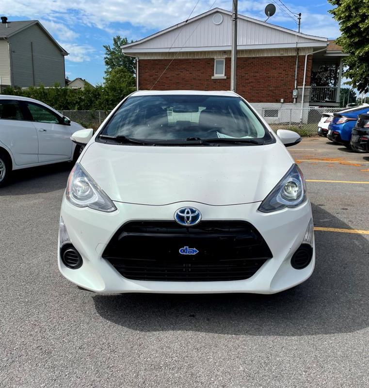 toyota Prius 2015 - 14