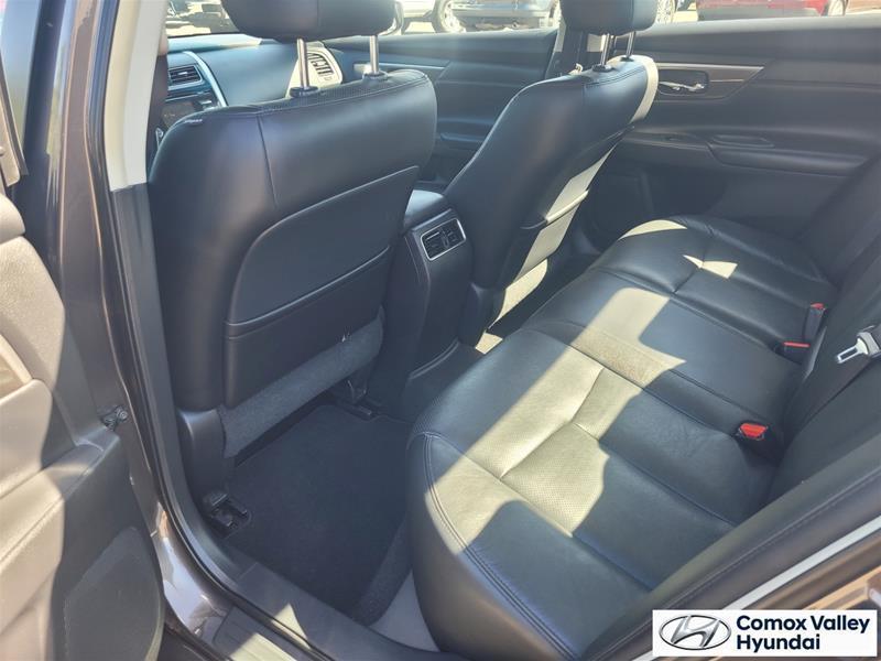 Nissan Altima 19