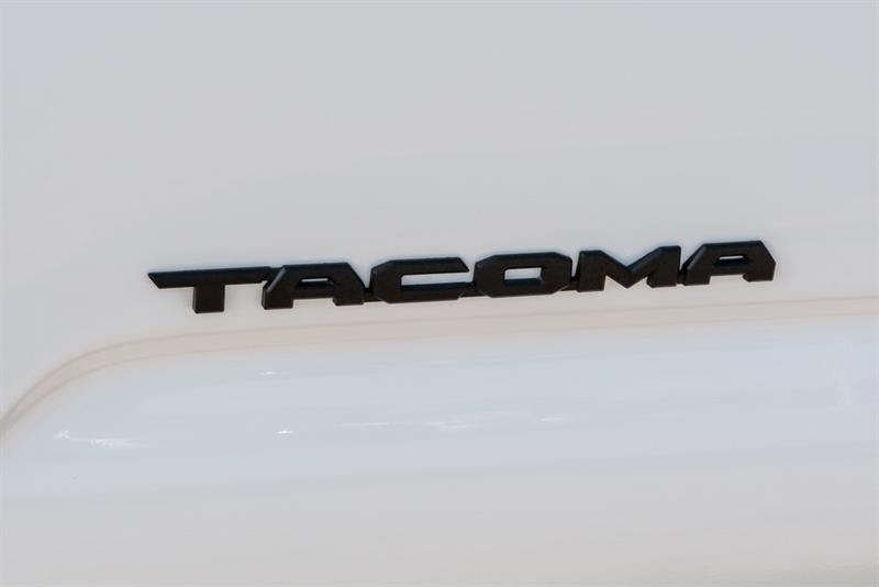 toyota Tacoma 2020 - 10