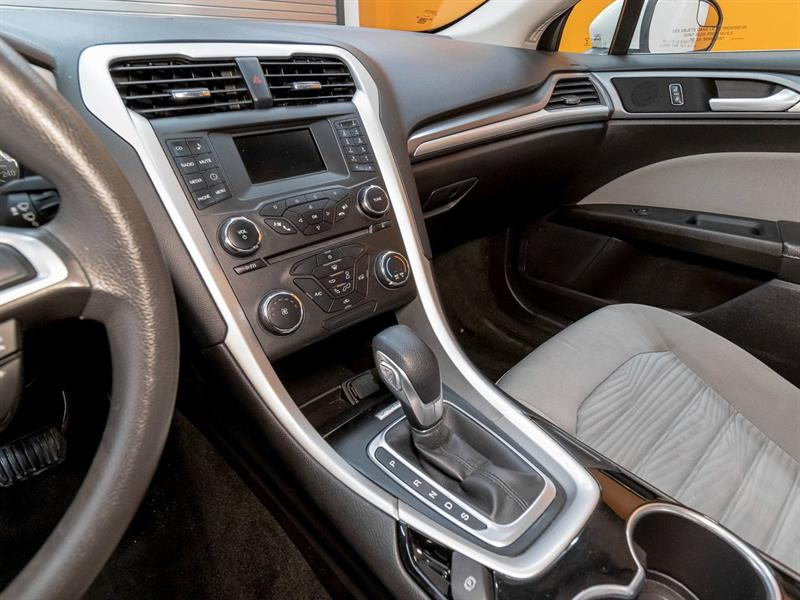 Ford Fusion 23