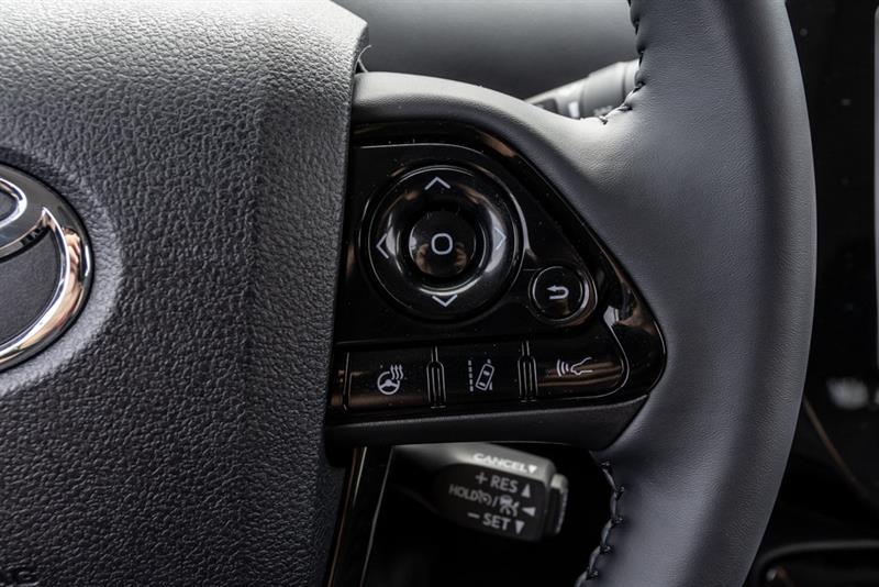 toyota Prius Prime 2022 - 17