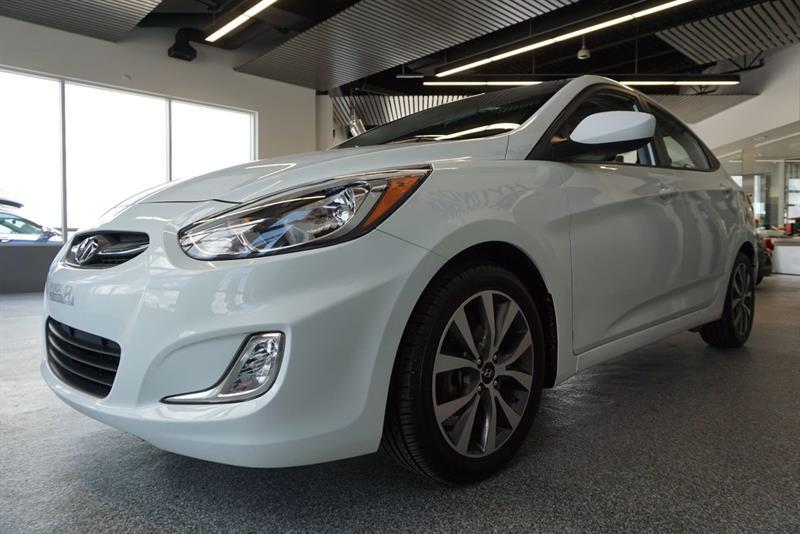 Hyundai Accent Sedan 17