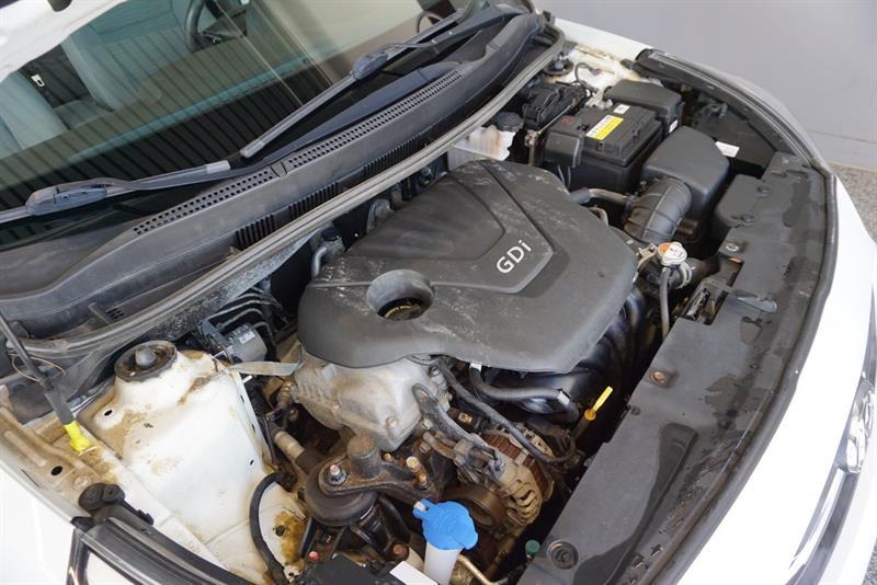 Hyundai Accent Sedan 42