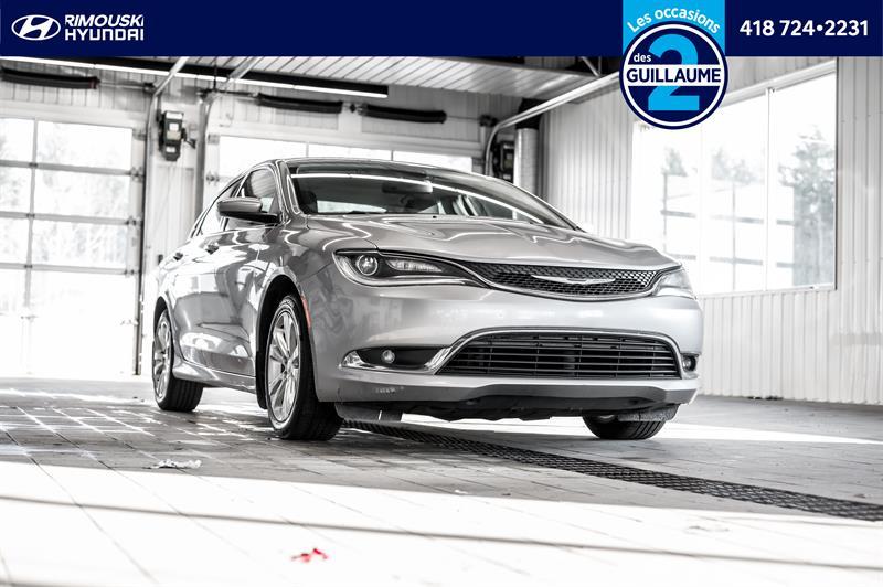 Chrysler 200 2016 Limited FWD Chez Rimouski Hyun