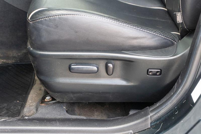 toyota VENZA V6 AWD 2013 - 25