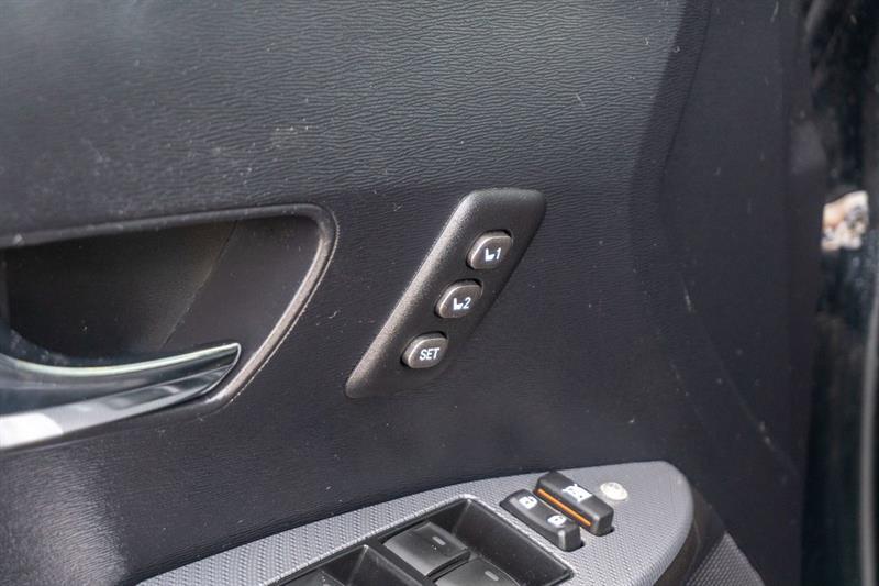 toyota VENZA V6 AWD 2013 - 28