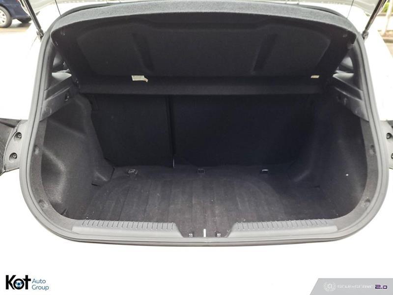 Hyundai Elantra GT 23
